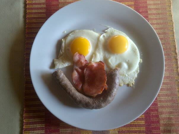 Breakfast in Namibia, LOL